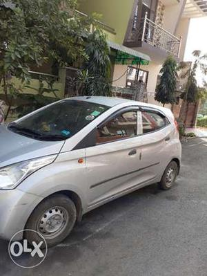 Used 5 months old new eon car for sell in ghaziabad