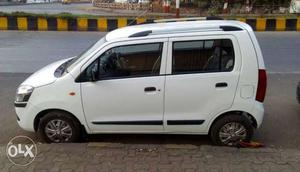 White color Maruti WagonR Vxi in  Model