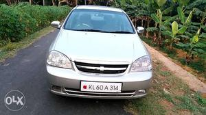 Chevrolet Optra petrol  Kms