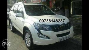 Mahindra XUV500 W10 AWD Manual(Diesel) Model Price at