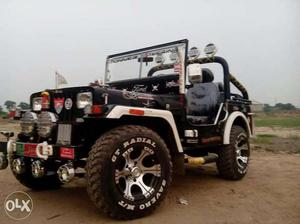Mahindra Hunter Jeep A Red Wild Orchad Cozot Cars
