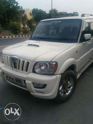 Mahindra Scorpio Sle 2.6 Crde (make Year ) (diesel)