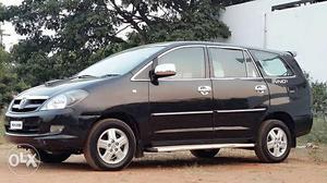 """Toyota Innova""""V"""" Model 7 Seater Vehicle For Sale"""