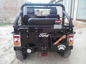 Mahindra sports jeep