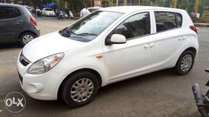 Hyundai I20 petrol  Kms