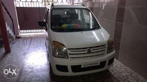White WagonR LXI (Model ) in Top Condition