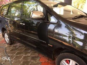 Toyota Innova V Black 7 seat  Dec