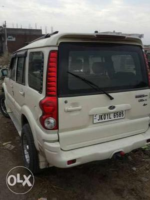 Mahindra Scorpio 4wd diesel  Kms  year
