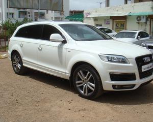 Audi Q 7 3.0 TDI Quattro white colour - Ahmedabad