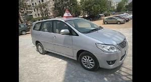 Used Toyota Innova [ V 7 STR