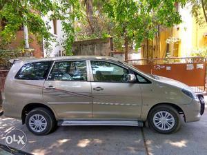 INNOVA  Hyderabad, G-4, 8 Seater Single Owner., Scrach