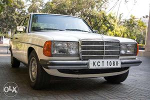 Mercedes w123 for sale cozot cars for Mercedes benz w123 for sale