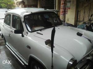 Hindustan Motors Ambassador cng  Kms