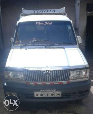 Toyota Qualis diesel  Kms  year