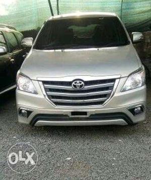 Toyota Innova 2.5 G 7 Str Bs-iv, Diesel
