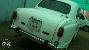 Hindustan Motors Ambassador Classic  Isz Ac Cng, , D