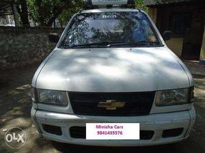 Chevrolet Tavera Ls Neo White Colour Single Owner Cozot Cars