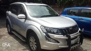 Mahindra Xuv500 W10 First Onwer