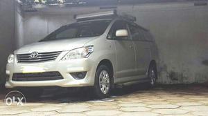 Toyota Innova...Taxi Permit.. diesel  Kms