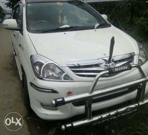 Toyota Innova 2.5 G Bs Iii 7 Str, Diesel