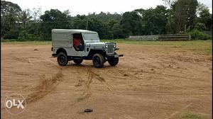Jeep for sale.. DI  speed gear box.. 4*4