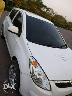Hyundai I20 cng  Kms  year with sun roof