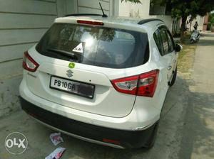 Maruti Suzuki S Cross 1.3 delta diesel. excellent showroom