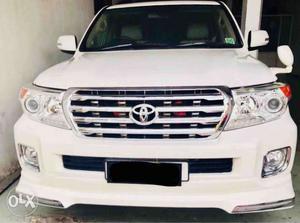 Toyota Land Cruiser Lc200 Vx Standard , Diesel