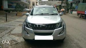 Mahindra XUV500 W10 4WD