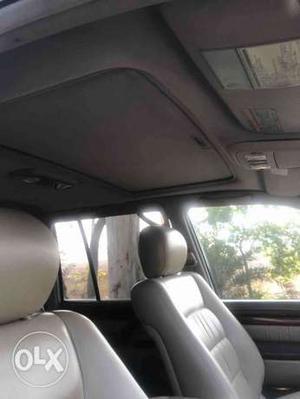 Toyota Land Cruiser Lc200 Vx Premium , Petrol