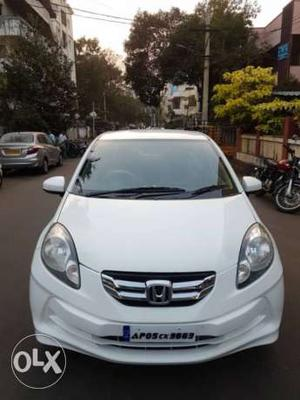 honda amaze diesel model white colour with system | Cozot Cars
