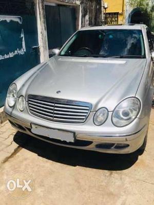 Mercedes benz E class 240