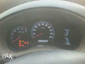 Toyota Innova 2.5 V 7 STR (