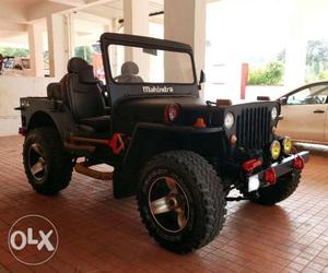 Fully customized 4x4 jeep