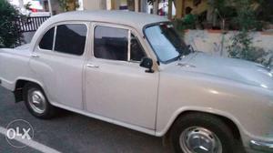 Hindustan Motors Isuzu a/c, p.steering Ambassador 17Km