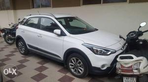 Hyundai i20 Active Petrol  Kms