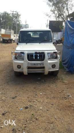 Mahindra bolero, sle,BS-4, Diesel,  model