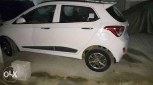 Hyundai Grand I10 petrol  Kms