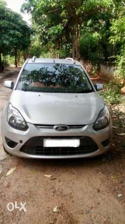 Ford Figo diesel titanium top end  Kms
