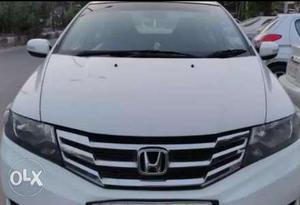 Honda city ivtec new tyer orignel new battery child ac good