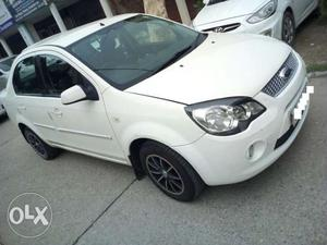 Ford Fiesta With Service Record Regd