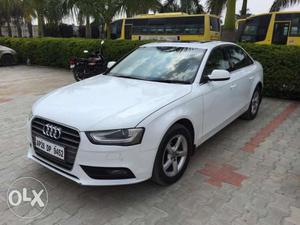 Audi A4 2.0 TDI MULTITRONIC  September;  lacs;