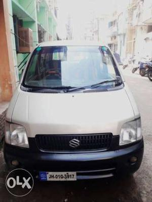 WagonR lxi  at .