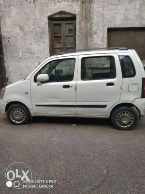 White WagonR VXi