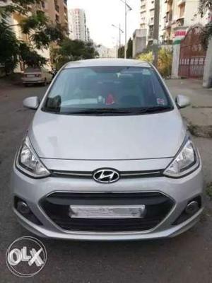 Hyundai Xcent petrol  Kms