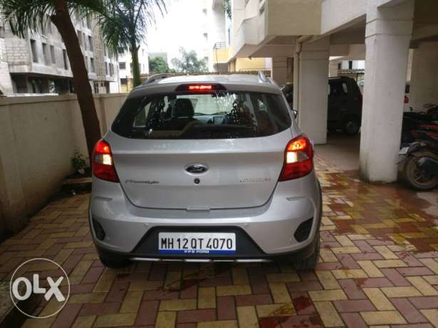 Ford Freestyle petrol  Kms