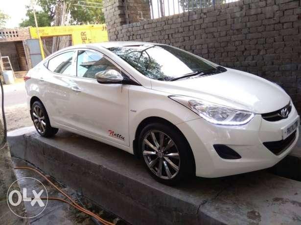 Hyundai Elantra diesel  Kms