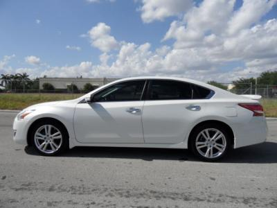 Nissan Altima For Sale - Agra